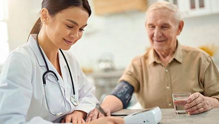 В домашних условиях больной получает широкий спектр услуг – Алковит