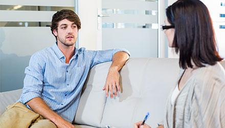 В каких случаях нужна консультация платного психиатра – Алковит